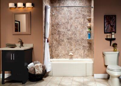 8_4_2015_1000_50591234_Montgomery-al-bathroom-remodel-handicap-accessible-bath-tub